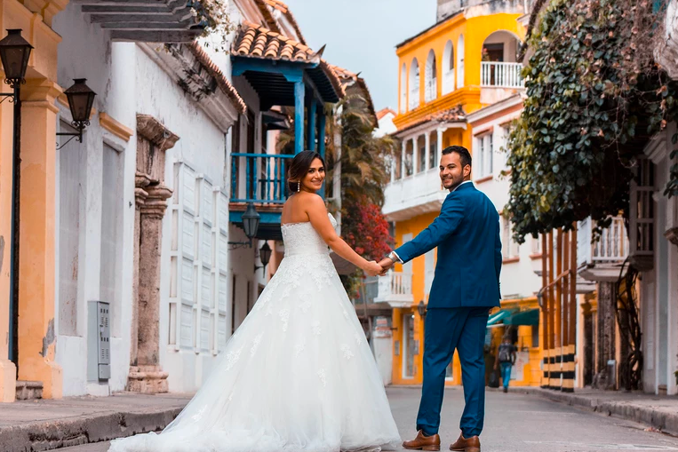 Best Places to Elope (And How to Do It)—Blueprint Guides