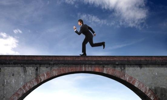 A ponte entre o imaginário e o real