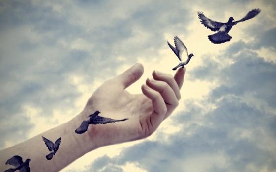 Desprendendo-se de pessoas que nos separam do amor