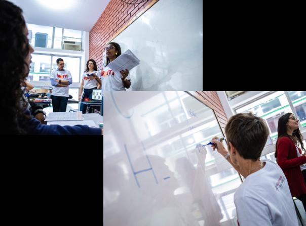 Voluntários em sala de aula