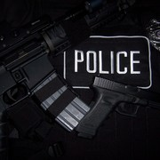 Iphone 3x retina police officer free wallpaper background for computer 48269