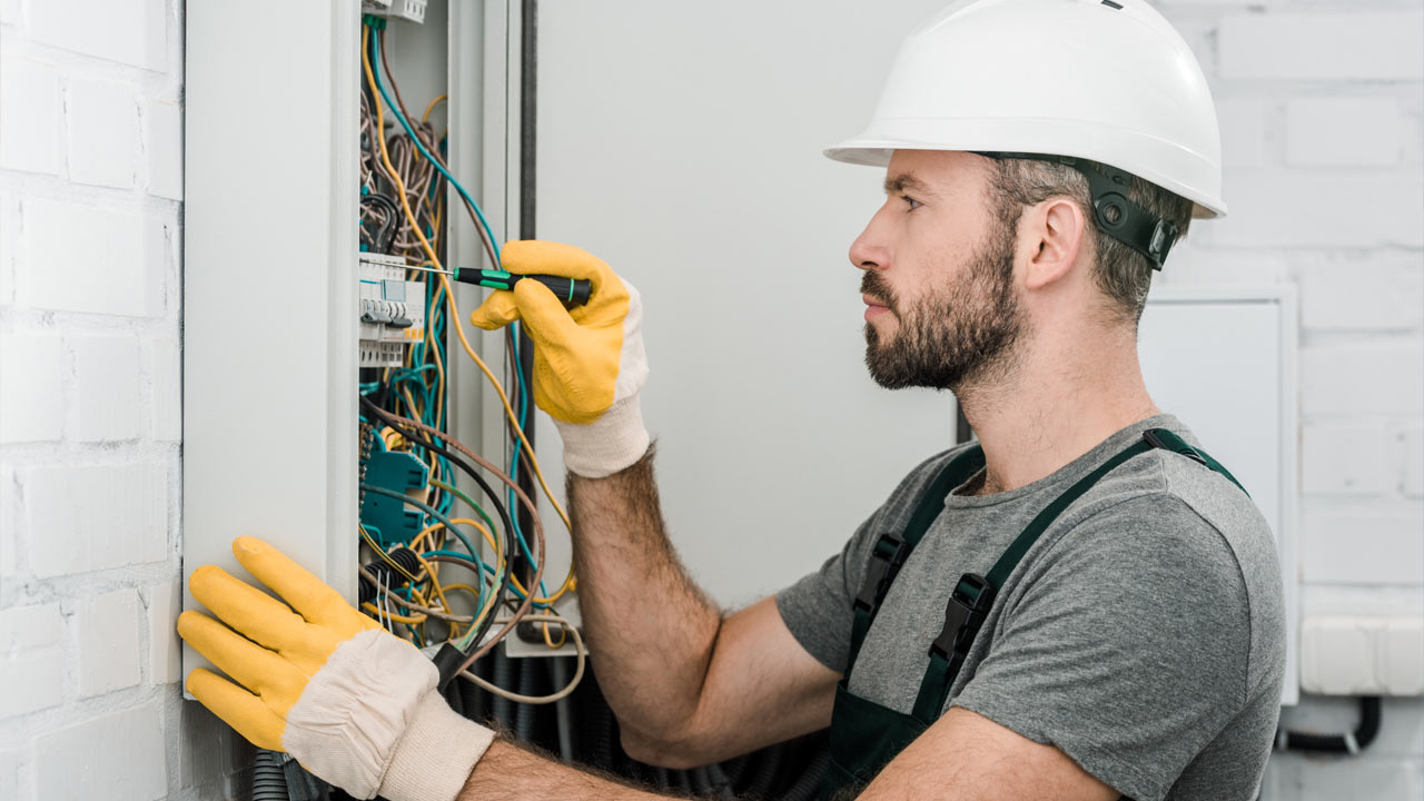 Electrical contractor 00