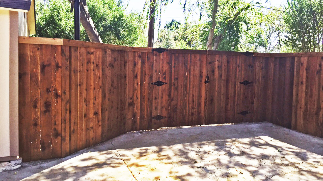 Service fencestaining