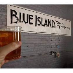 Cheers to a year! Happy anniversary @blueislandbeerco!