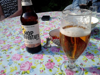 Garden beer @OHarasBeers. Think our fine weather spell might be coming to an end #brewvu https://t.co/ZNO6kdHi1t