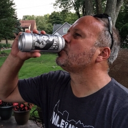 Celebrating my new H-D motorcycle ownership with the renowned, hard-to-get... Heady Topper! #beer #brewvu https://t.co/XSwjpPbQ7s