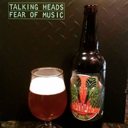 I was dead serious on the podcast this week. Bring on the beer and vinyl pairings! @arcadebrewery Southern Hopisphere with the best Talking Heads record. #feelthebyrne #brewvu #craftbeer #records #vinyl #chicago