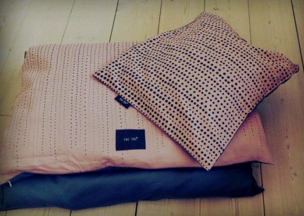 Bed linen dot print