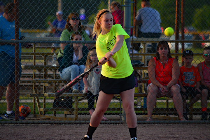 Kyla%20softball-web