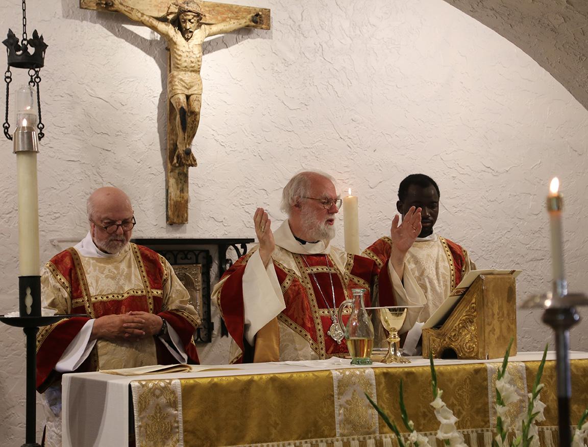 Palms 092219 rw eucharist1 md original