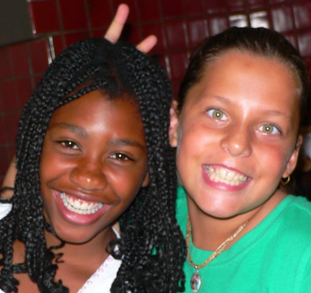 Simone%20&%20friend%202007 original