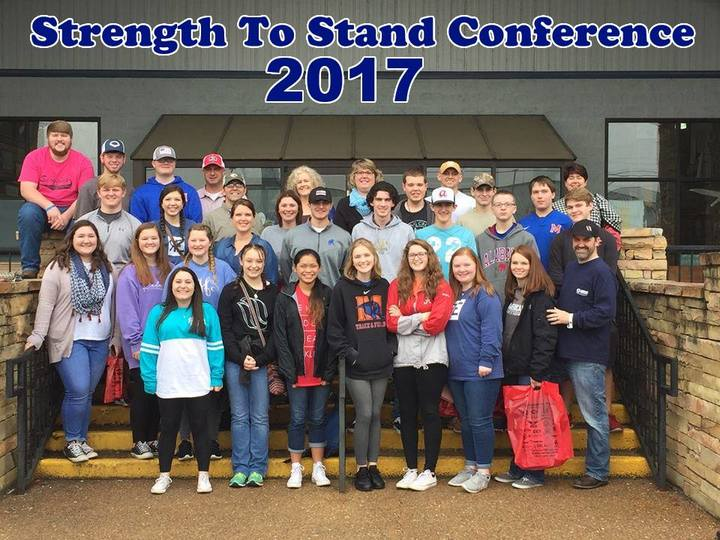 Youth%20group%20-%20strength%20to%20stand%20conference%20-%20pigeon%20forge%20tn%20-%20january%202017-web