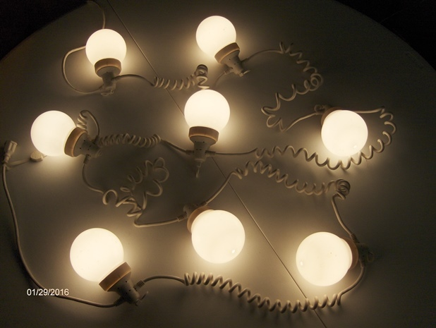 Globe%20lights2-web