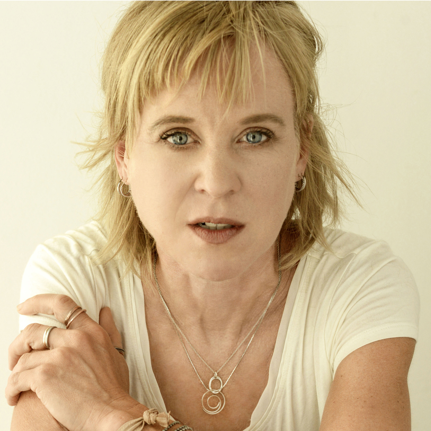 Kristin Hersh In-Store Performance & Signing