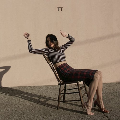 TT - Love Leaks - Single