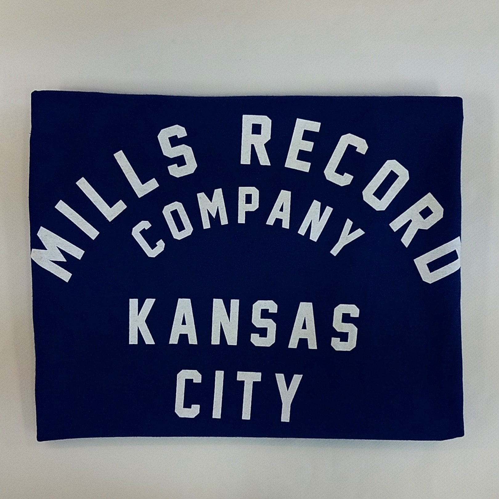 - Mills Text T [Small] [Navy]
