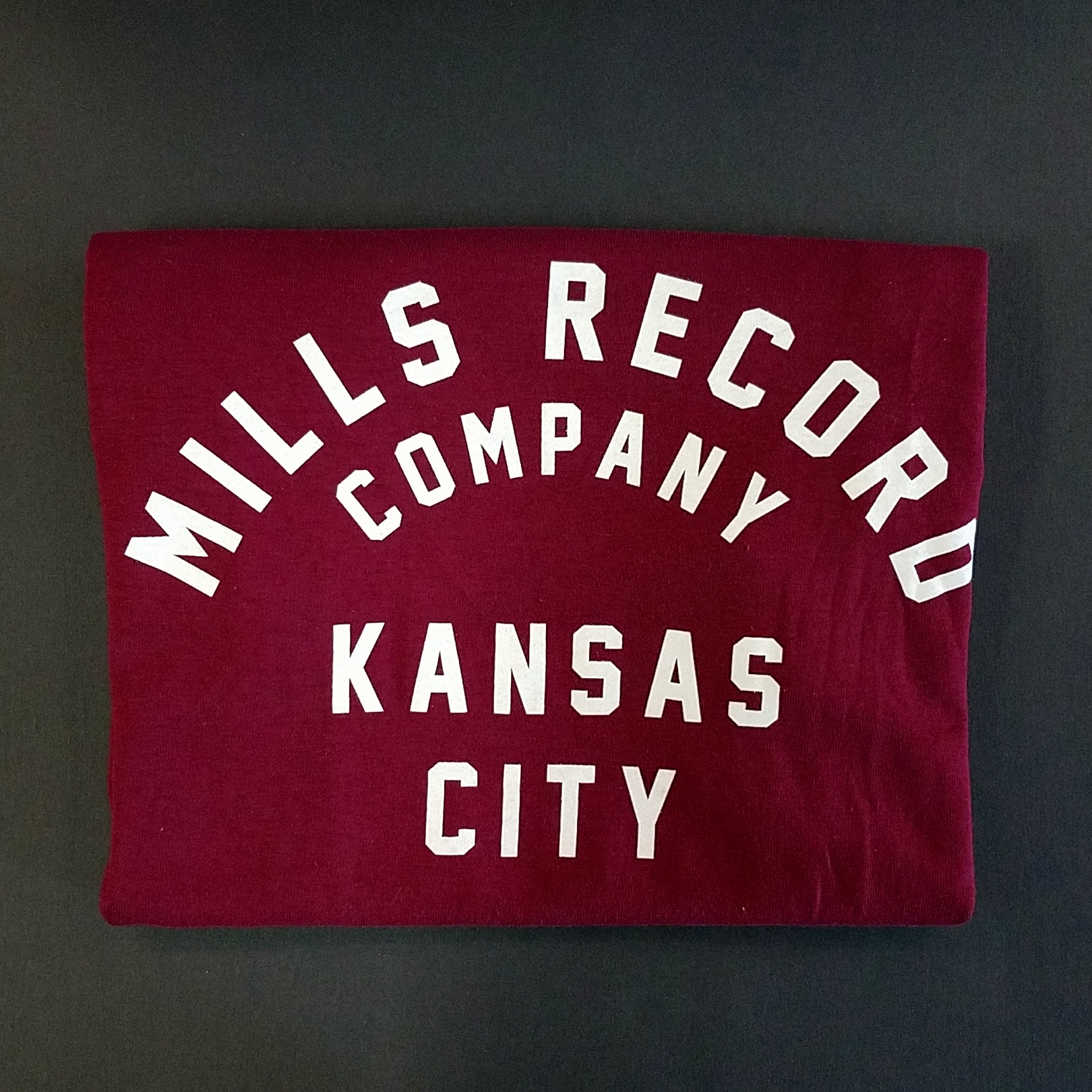 - Mills Text T [Large] [Burgundy]
