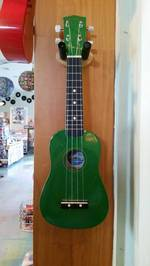 Diamond Head Soprano Uke - Green Ukulele Du-105