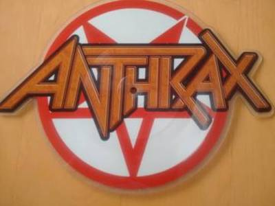 Anthrax - Carry On Wayward Son