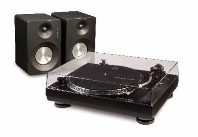 K200 TURNTABLE SET UP FROM CROSLEY
