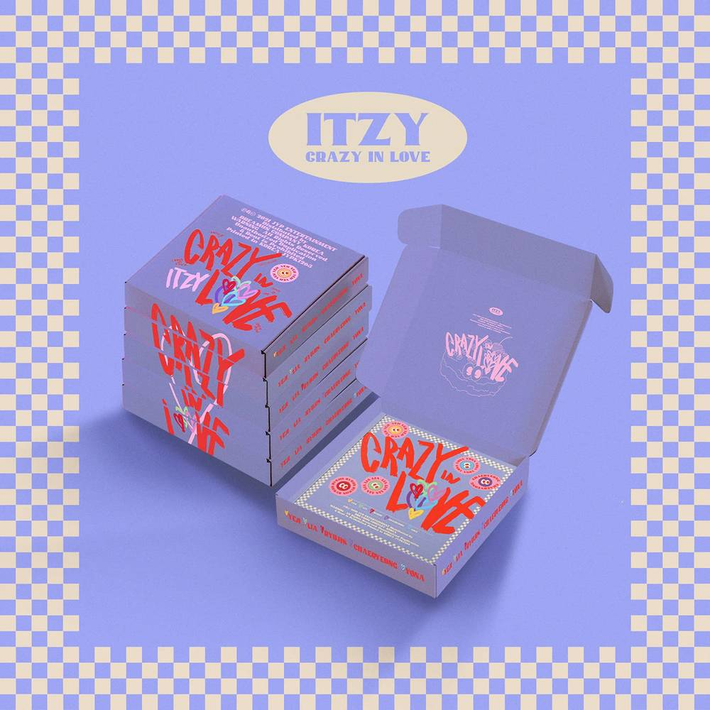 Itzy - Crazy In Love [Random Cover incl. 64pg Photobook, 2x Photocards, 2x Polaroids, Sticker Pack + Lyric Paper]