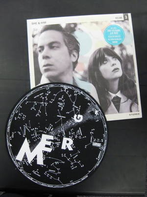 She Amp Him Vinyl With Merge Records Turntable Mat
