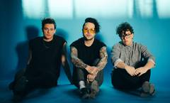lovelytheband In-Store 2/22!