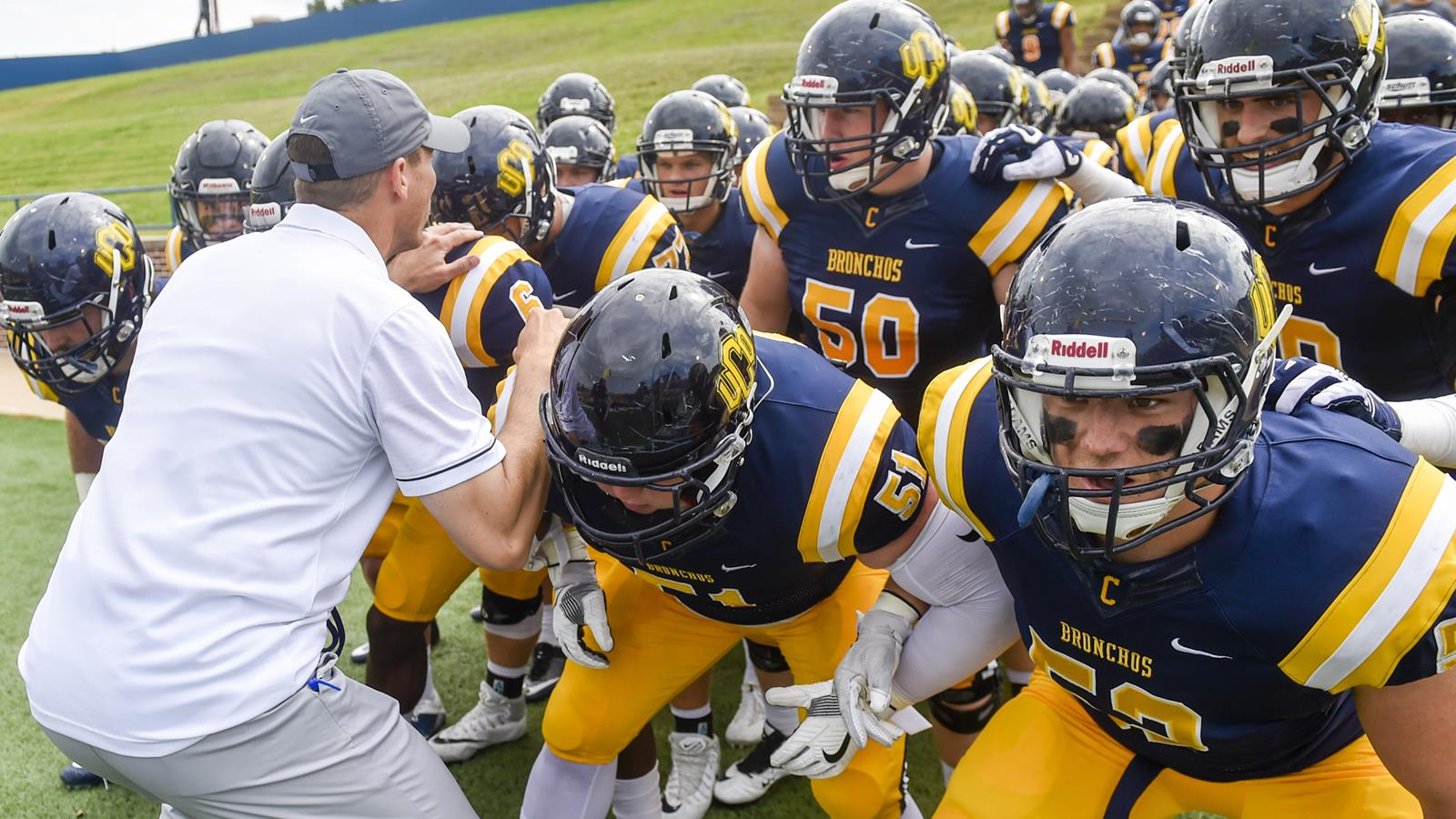 uco announces 2018 football schedule - university of central