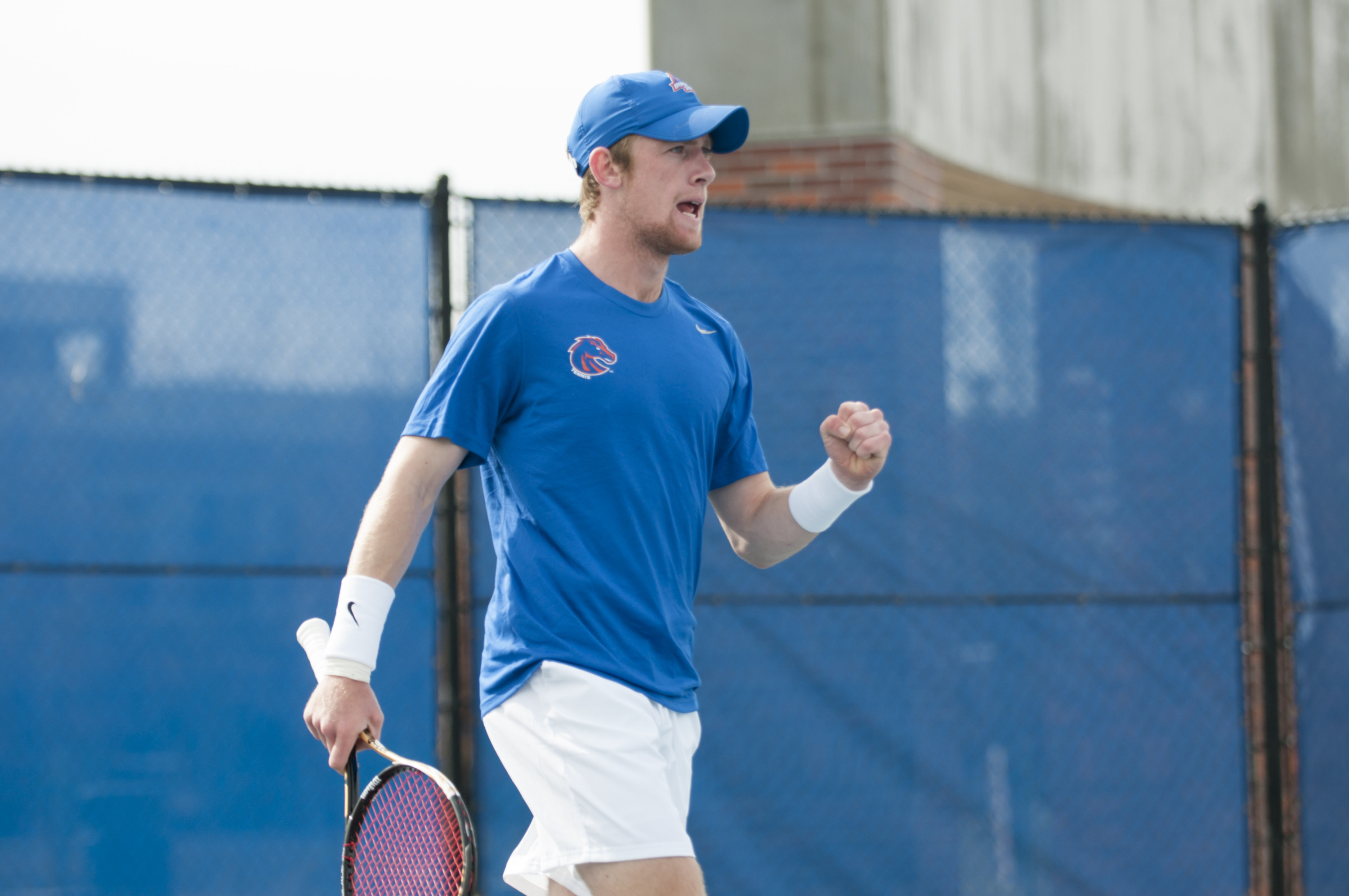 Andy Bettles ranked 83rd nationally will be facing No. 84 Leandro Toledo at No. 1 singles