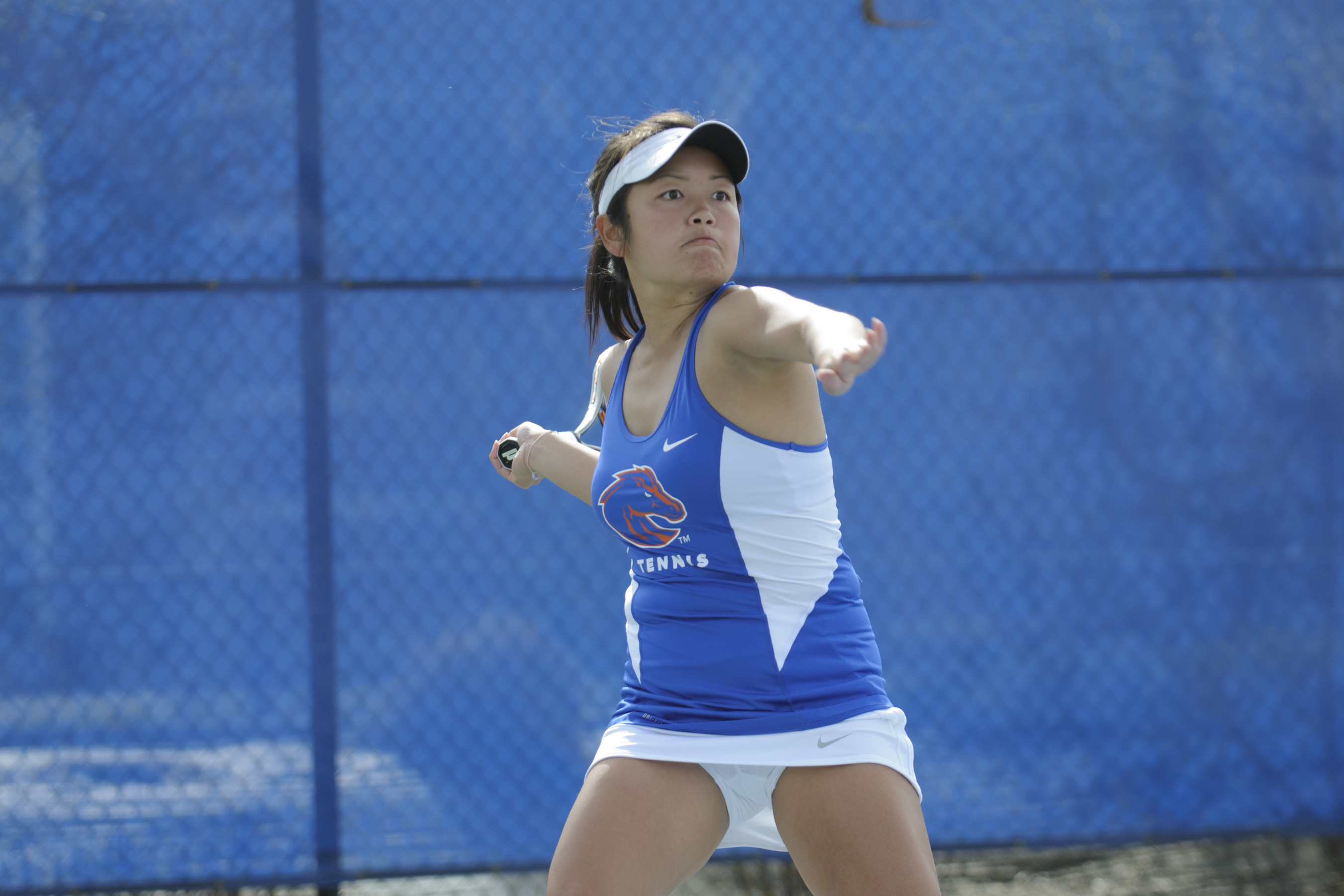 Sandy Vo won on court one in singles and doubles.