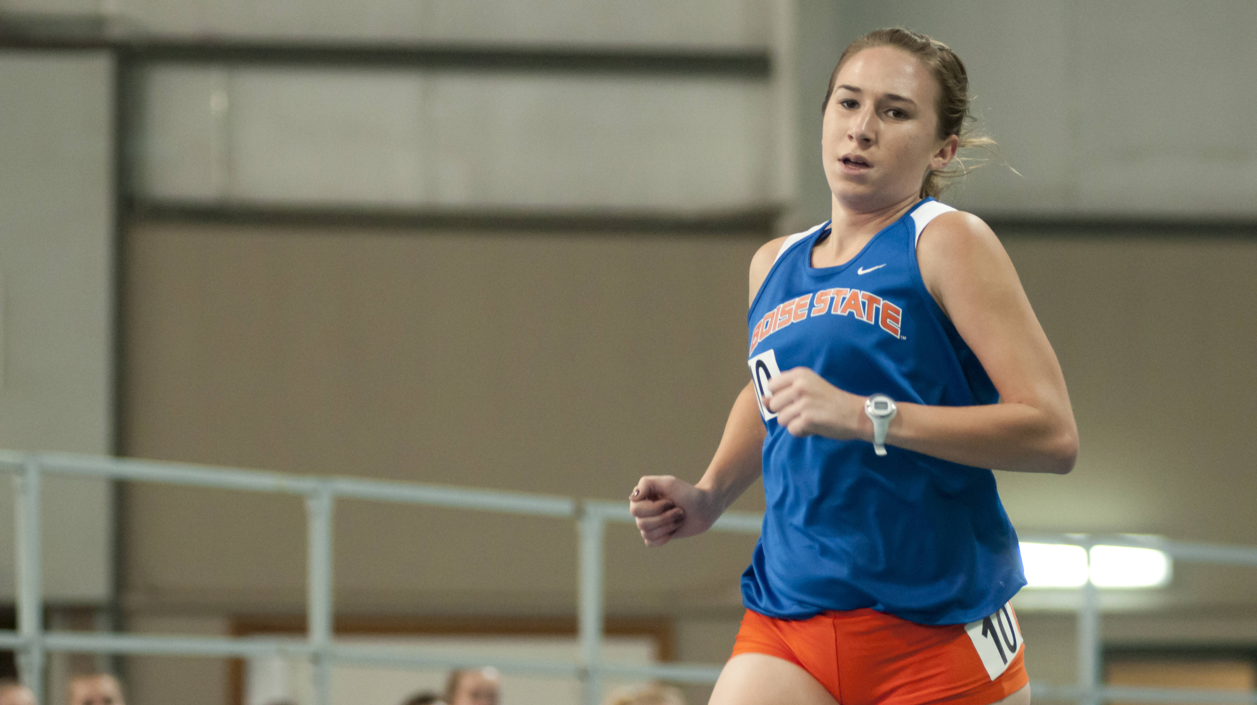 Danielle Zehrung finished first in the mile on Friday