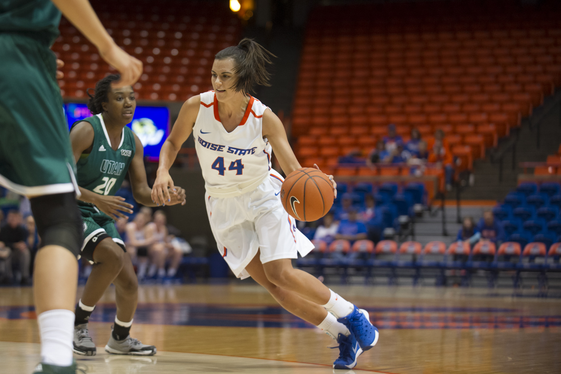 Brooke Pahukoa tallied season-high 22 points.