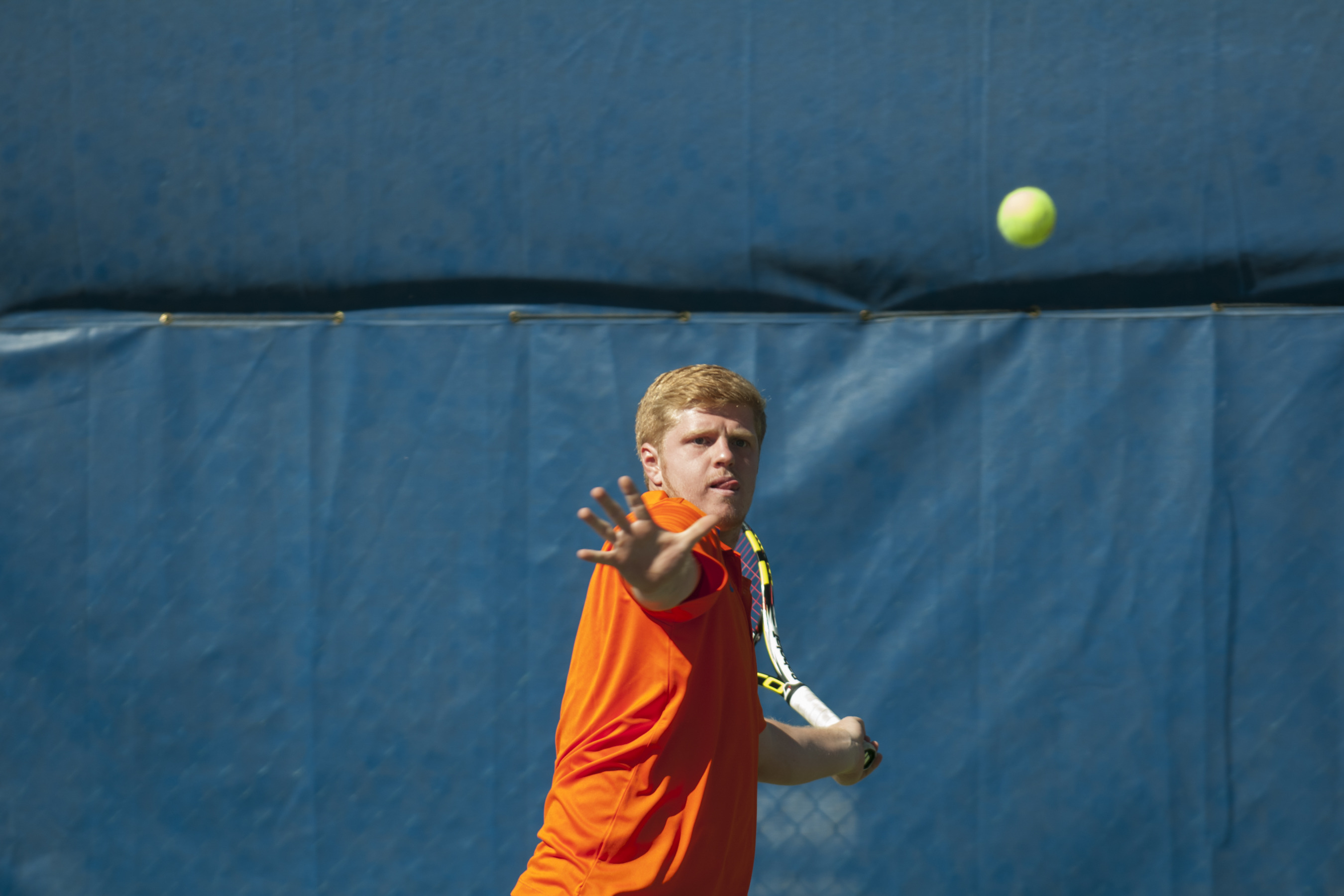 Lewis Roskilly won No. 5 singles.