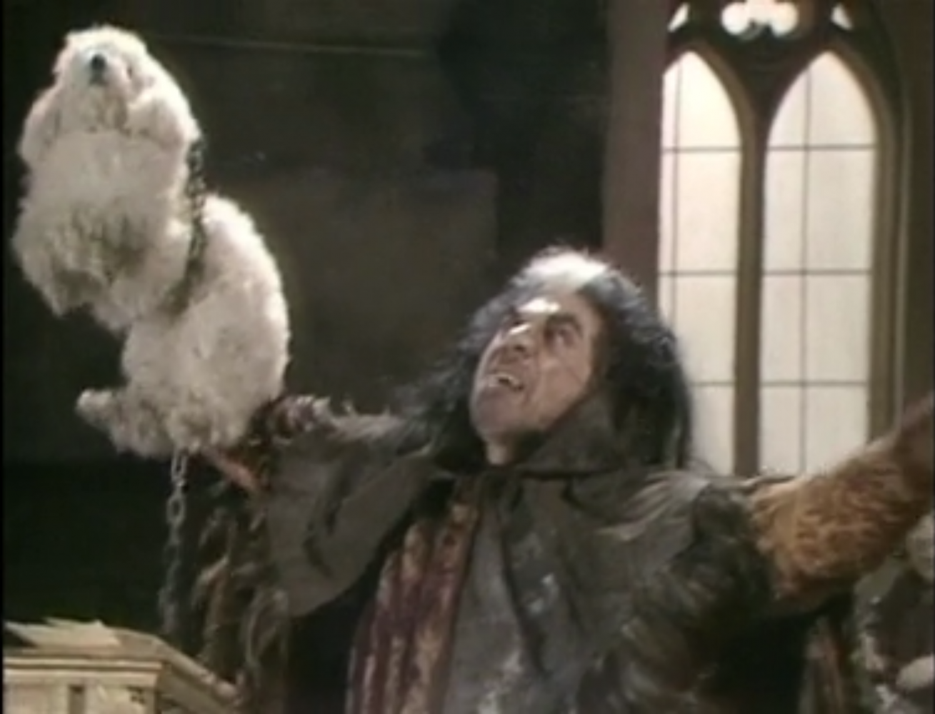 blackadder-series-1-episode-5-witchsmeller.png