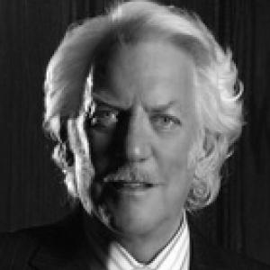 head shot of Donald Sutherland