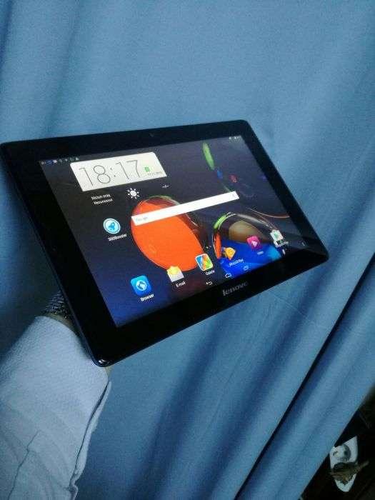 "Lenovo IdeaPad A7600 3g Quad-Core 1.30GHz, 10"", IPS 1GB RAM"