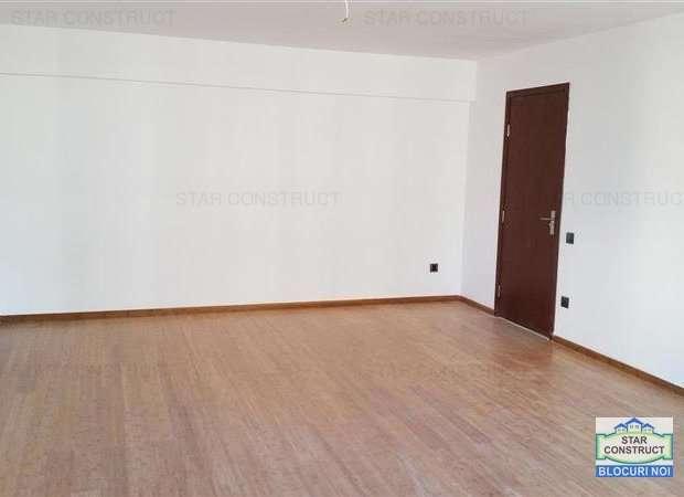 Apartament De Vânzare 6 Camere, în Bucuresti, Zona Mihai Bravu