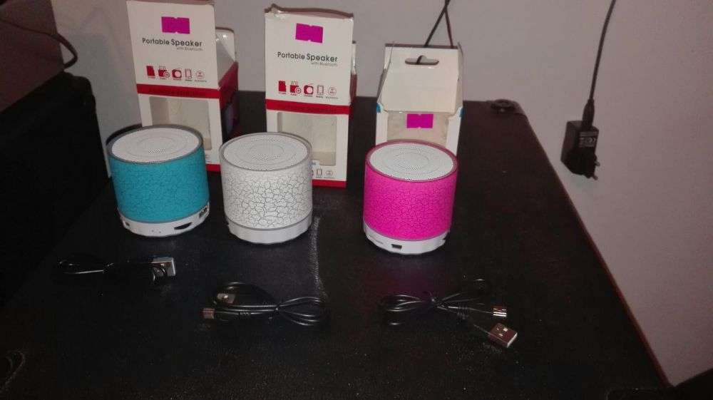 Boxe Portabile Bluetooth Radio Sd Stic Noi