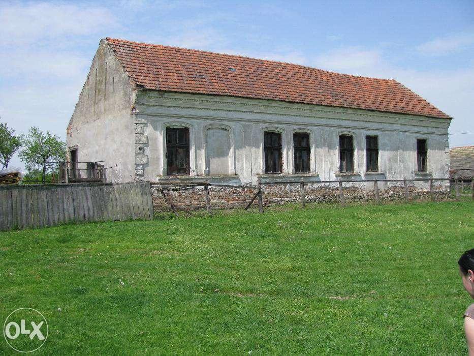 Casa Veche De Vanzare