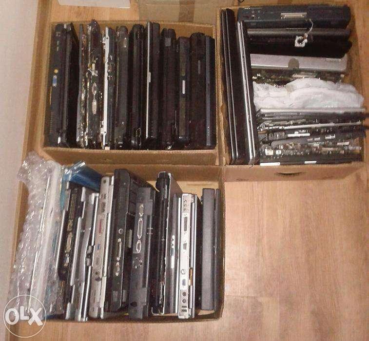 Lot De Peste 30 Laptopuri Pentru Dezmembrare