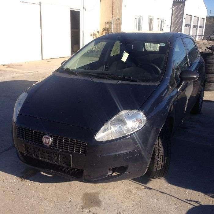 Dezmembrez Fiat Grande Punto 1.3d 1.2b 1.4b