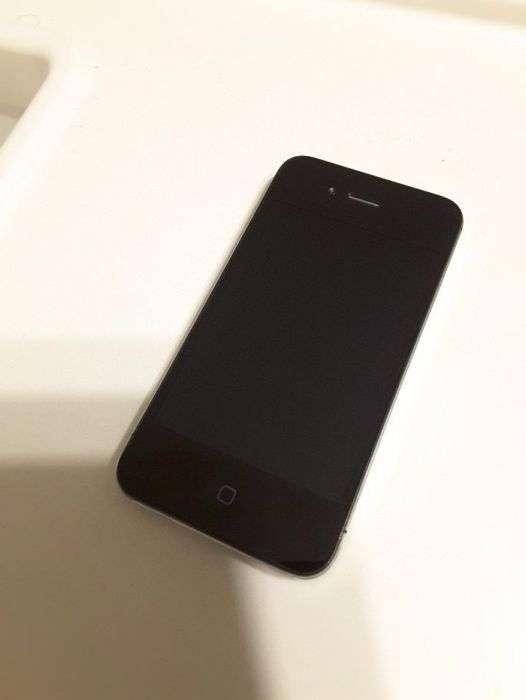 Vand Iphone 4S 8GB Ios 9.3.5