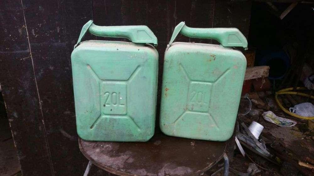 Canistre Pt Transportat Petrol