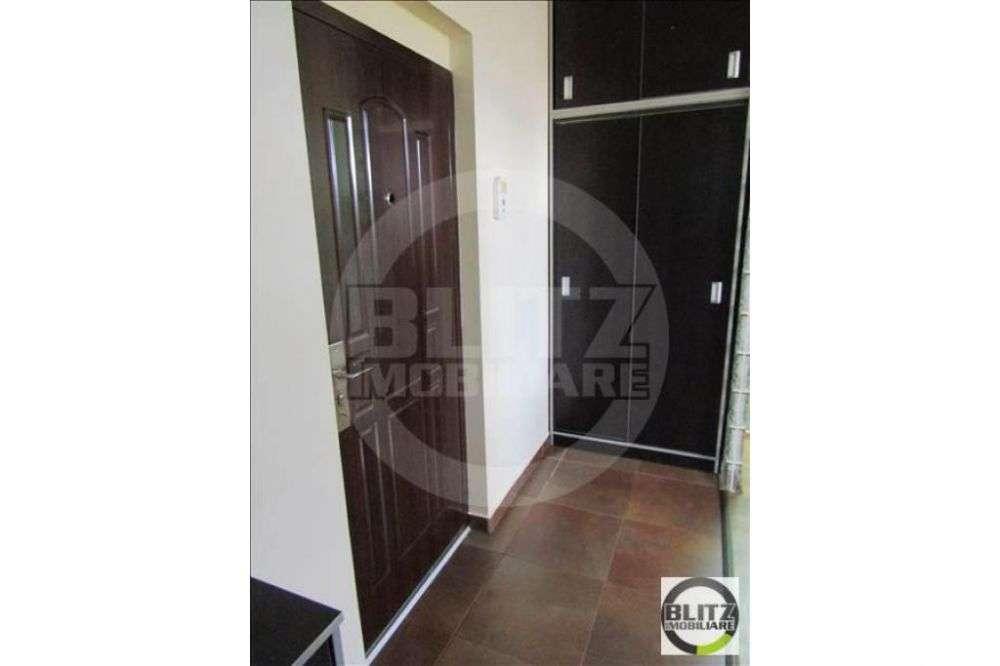 Apartament 1 Camera, 50 Mp, Nisa De Dormit, Zona Strazii Bucegi