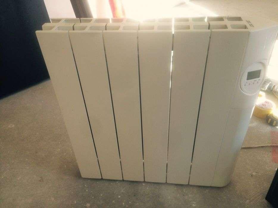 Vând Calorifer Afișaj Electric 900 W 500 Lei