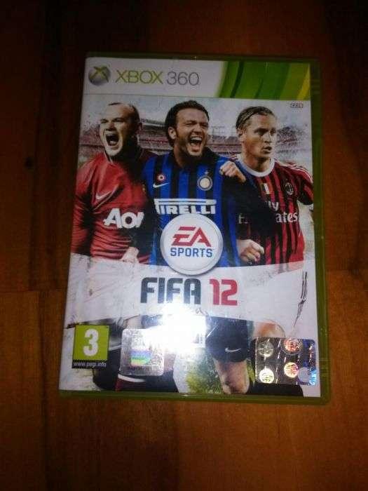 Vând Fifa Xbox 360