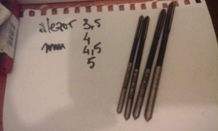 Alezoare Drepte De Mana 2,5/3/4/4,3/4,5/5 Mm, 5/16 Inch, Strung, Freza