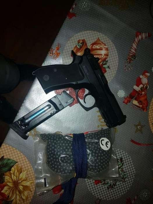 Vând Pistol Aersoft CZ 75