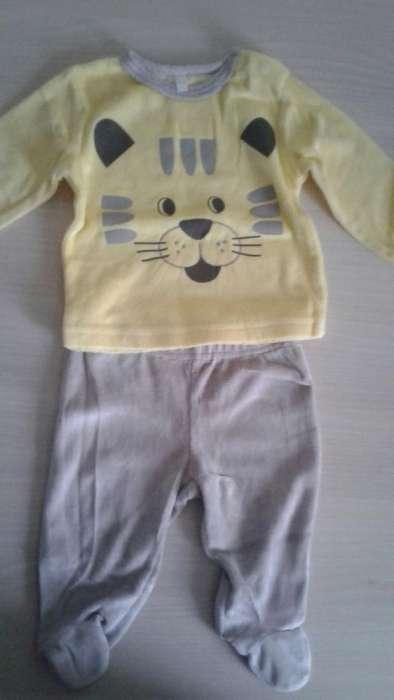 Costum Bebeluș