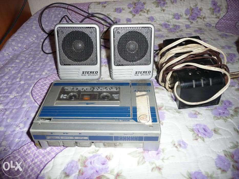 Casetofon Walkmen Anii 1980 Functionabil + 2 Baxe
